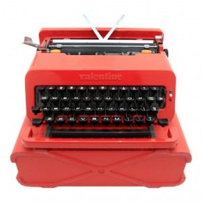 Valentine-Typewriter-Ettore-Sottrass-for-Memphis-Milano-Olivetti